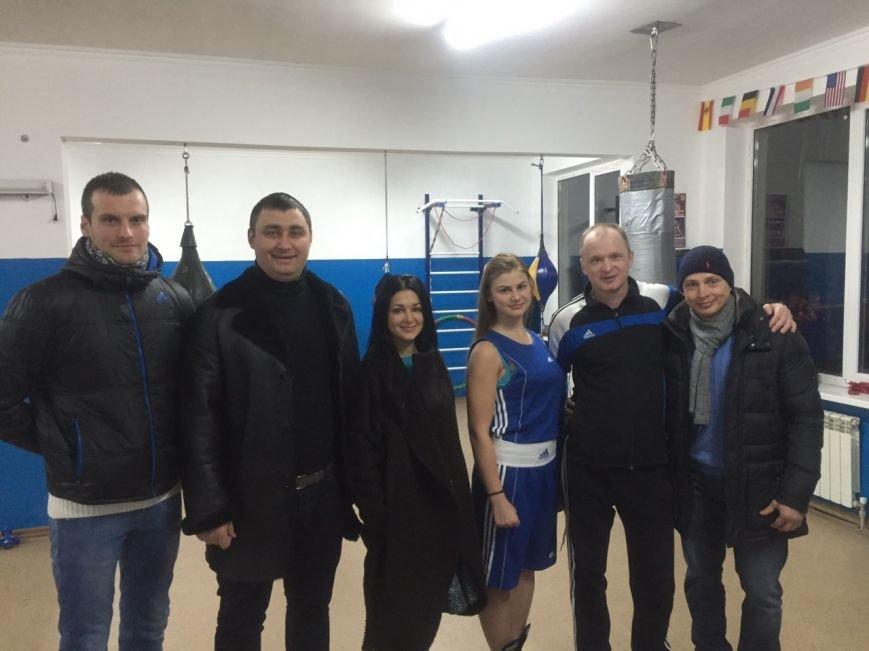 Ильичёвская спортсменка-боксёр выступила на Чемпионате Украины среди юниоров (+фото) (фото) - фото 2