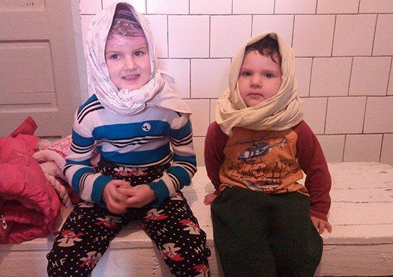 32b090295fb7d779315f41e1e29f4d29 Под Одессой 23-летняя кукушка бросила детей знакомой и пропала на месяц