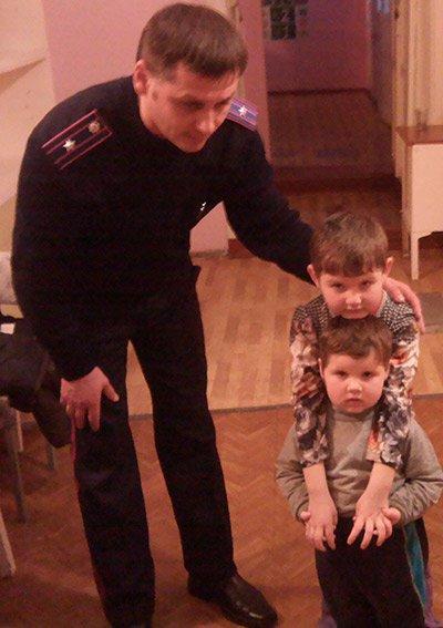 32e2b1df37413c02b00e3294ef618616 Под Одессой 23-летняя кукушка бросила детей знакомой и пропала на месяц