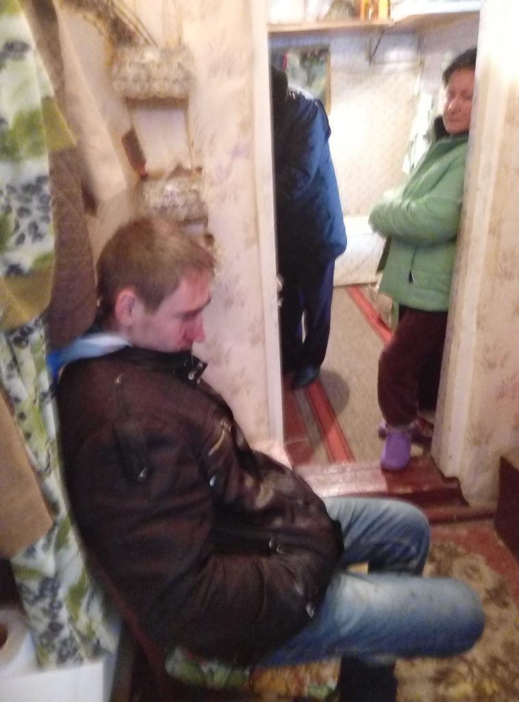 Лицом в снег: Под Одессой хозяева дома поймали и крепко проучили домушника (ФОТО) (фото) - фото 1