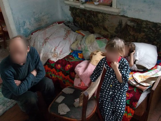 В Полтавской области 26-летняя женщина скрывалась от правоохранителей, чтобы у нее не забрали детей (фото) - фото 2