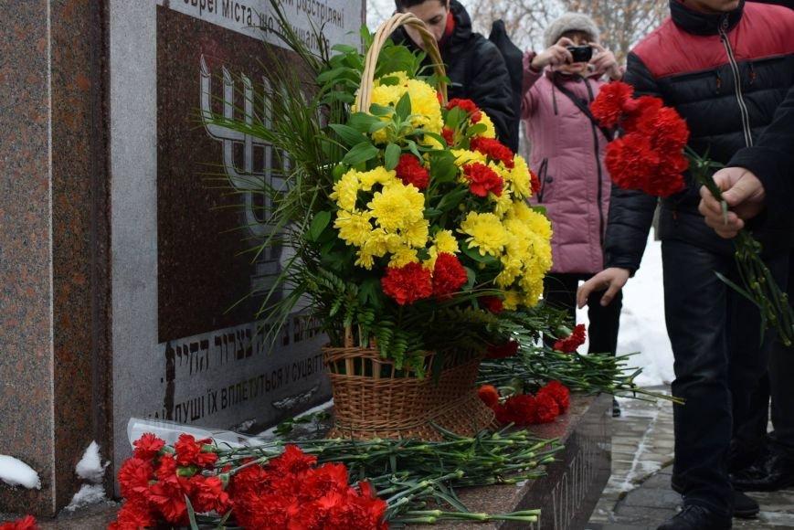 Николаев вспомнил жертв Холокоста (ФОТО) (фото) - фото 4