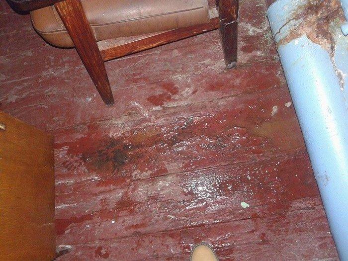 підлога в кабінеті