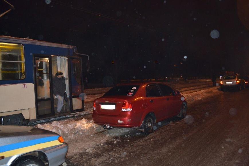 "В Кривом Роге ""Chevrolet Aveo"" сбил пешехода (ФОТО), фото-8"