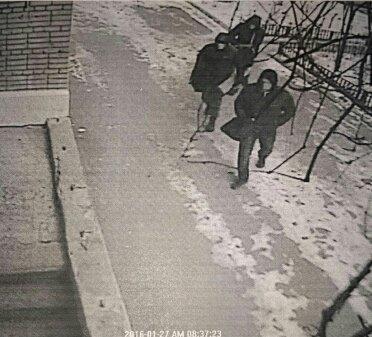 На офис Сбербанка в Ростове могли напасть налетчики, ранее ограбившие букмекеров, фото-1