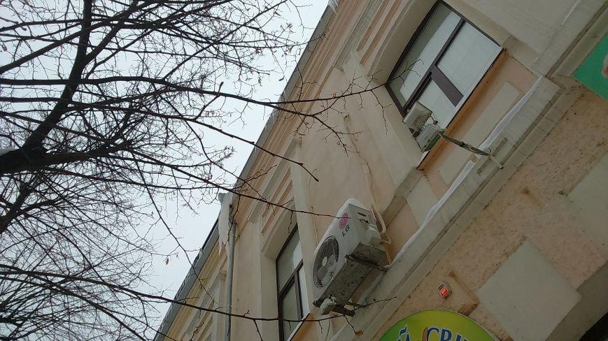 """Осторожно! Ледяные """"монстры"""" готовы обрушиться с крыш домов на головы своих жертв (ФОТО), фото-5"""