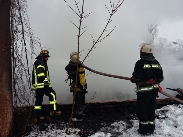 Стали известны подробности пожара на складе дерева (ФОТО) (фото) - фото 1