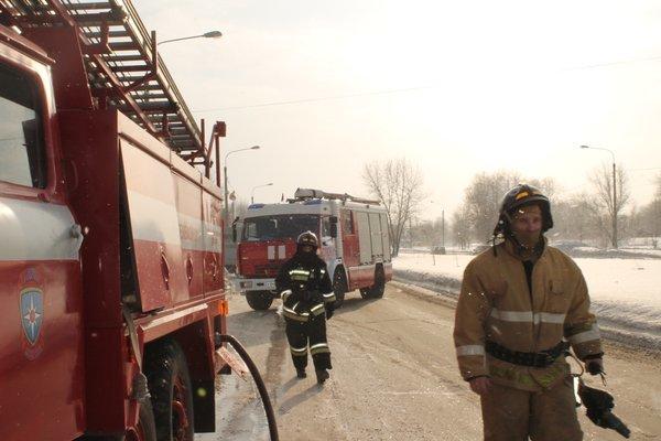 В Ульяновске загорелся УАЗ (фото) - фото 1