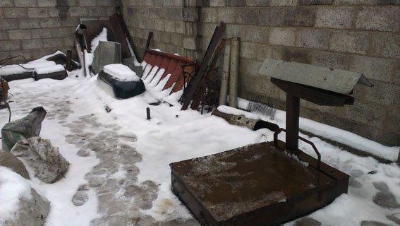 В Артемовске-Бахмуте полицейские ликвидировали незаконный пункт приема металлолома (фото) - фото 1