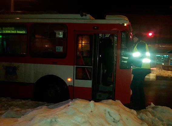 В Николаеве пьяного пешехода переехал троллейбус (ФОТО) (фото) - фото 2