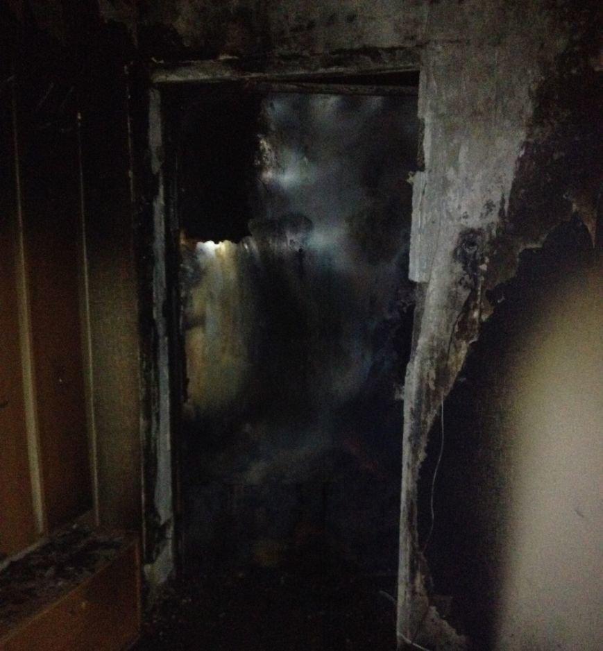 На севере Ульяновска из-за звонка сгорела квартира, фото-3