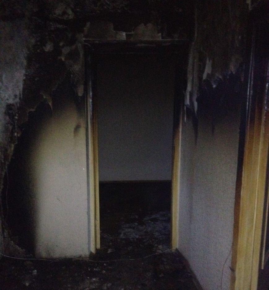 На севере Ульяновска из-за звонка сгорела квартира, фото-1