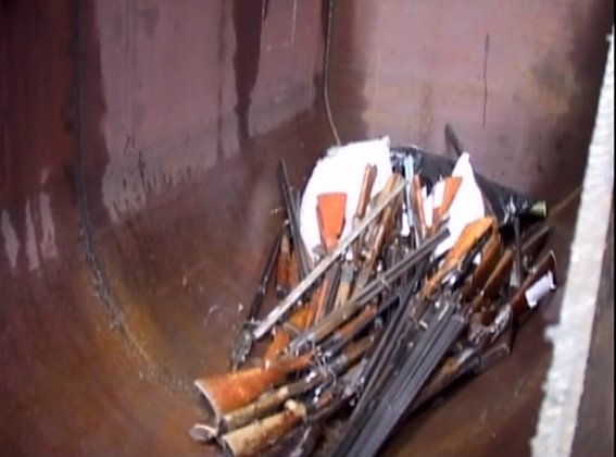 Днепропетровская полиция переплавила более 800 кг огнестрельного и холодного оружия (ФОТО) (фото) - фото 3