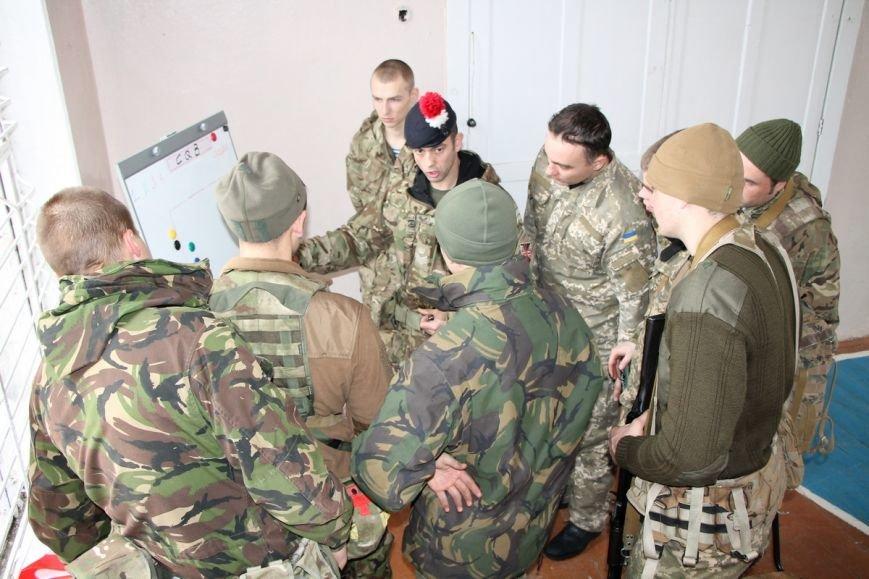 В Николаев приехали британские инструкторы обучать морпехов (ФОТО) (фото) - фото 6