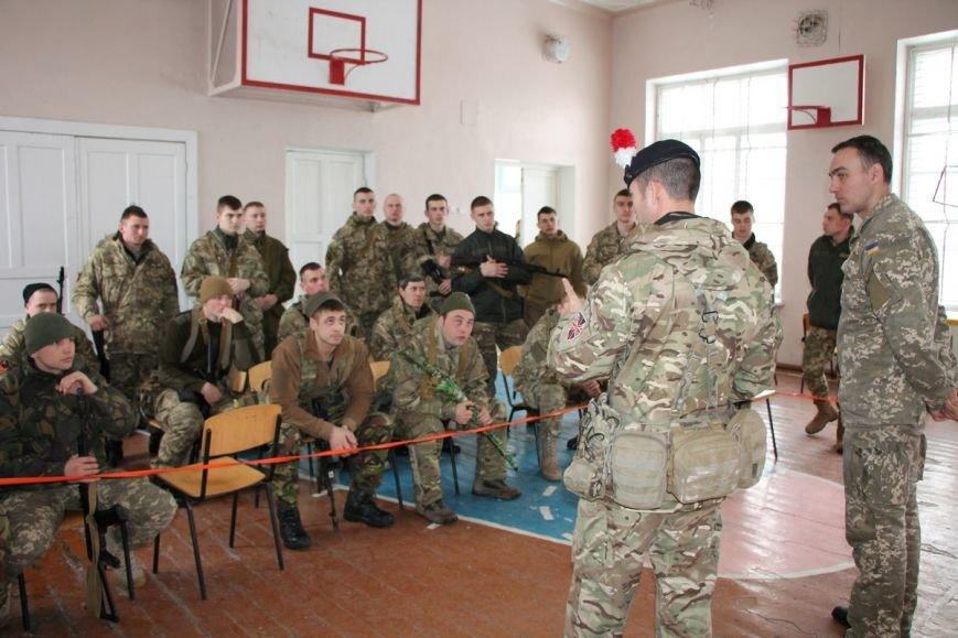 В Николаев приехали британские инструкторы обучать морпехов (ФОТО) (фото) - фото 2