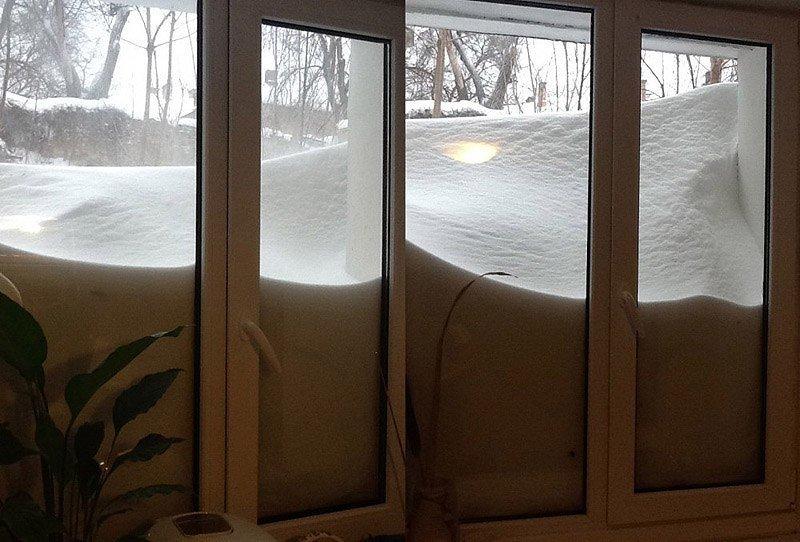 снег_окно
