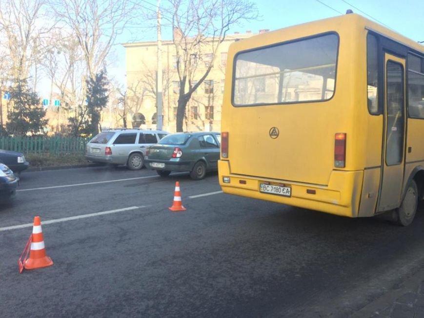 У Львові зупинили п'яного водія автобуса (ФОТО), фото-1