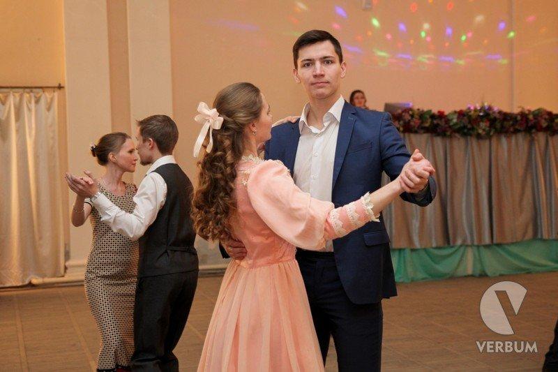 Сыктывкарские студенты освоили... полонез и менуэт, фото-3