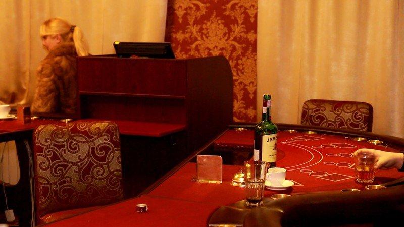 На Днепропетровщине полиция обнаружила очередное казино (ФОТО) (фото) - фото 3