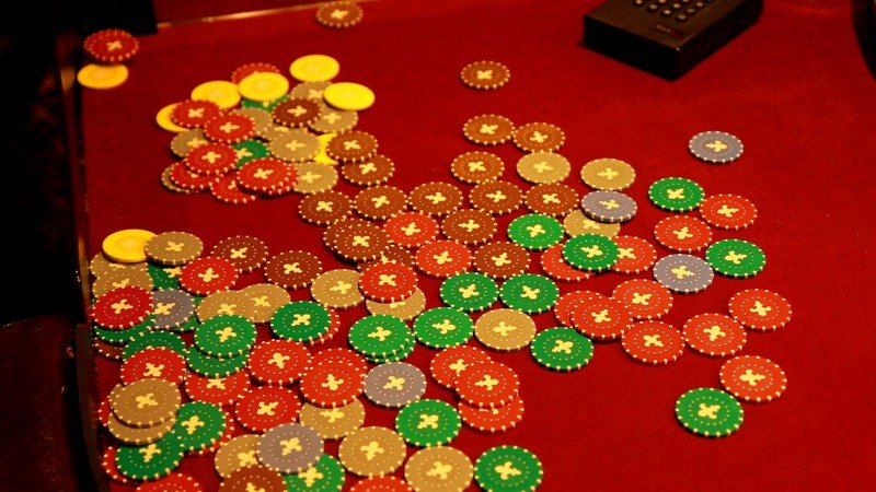 На Днепропетровщине полиция обнаружила очередное казино (ФОТО) (фото) - фото 2