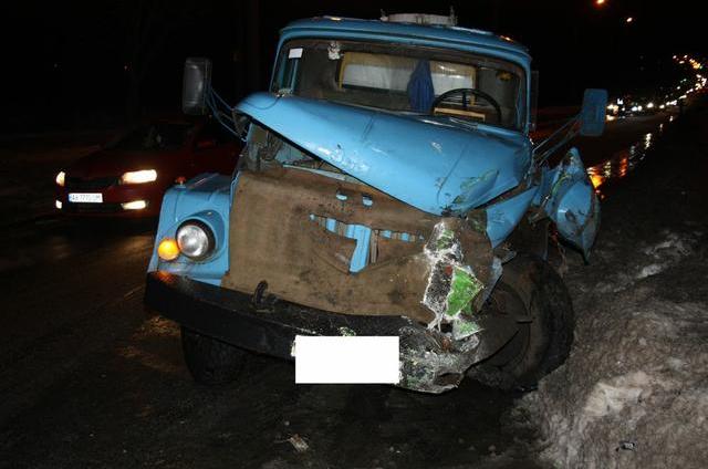 НА Салтовке произошло тройное ДТП с участием водовоза и маршрутки (ФОТО) (фото) - фото 1