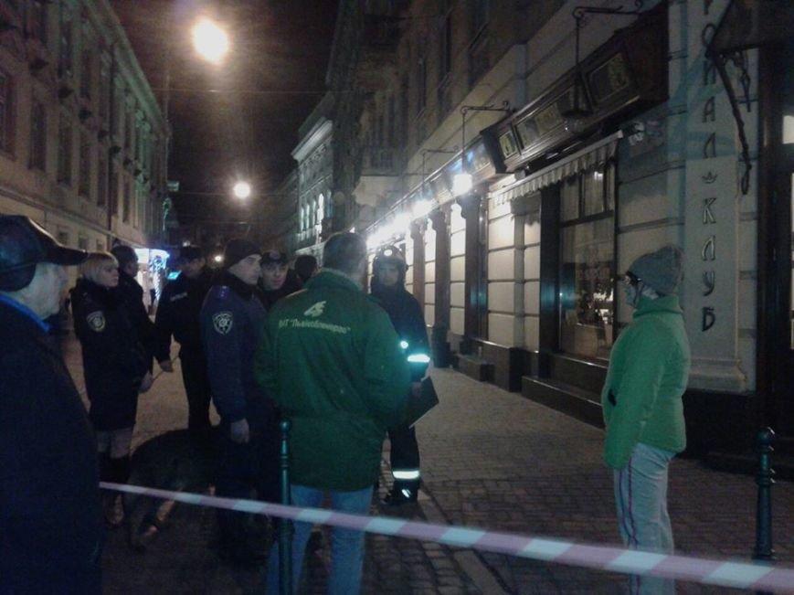 Невідомі повідомили, що у центрі Львова замінували ресторан (ФОТО), фото-3