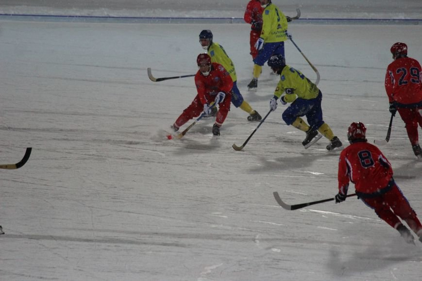 Российская сборная по хоккею с мячом размялась на ульяновской «Волге». ФОТО, фото-7