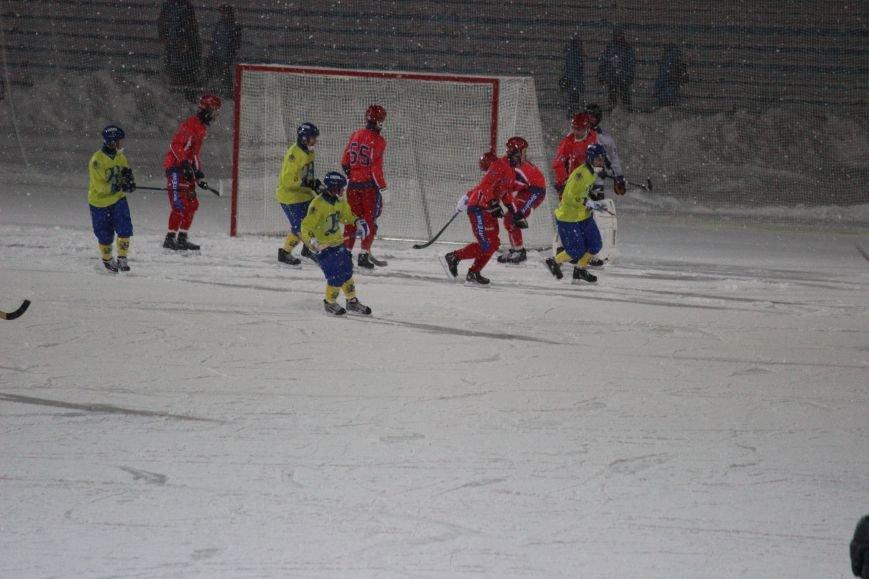 Российская сборная по хоккею с мячом размялась на ульяновской «Волге». ФОТО, фото-2