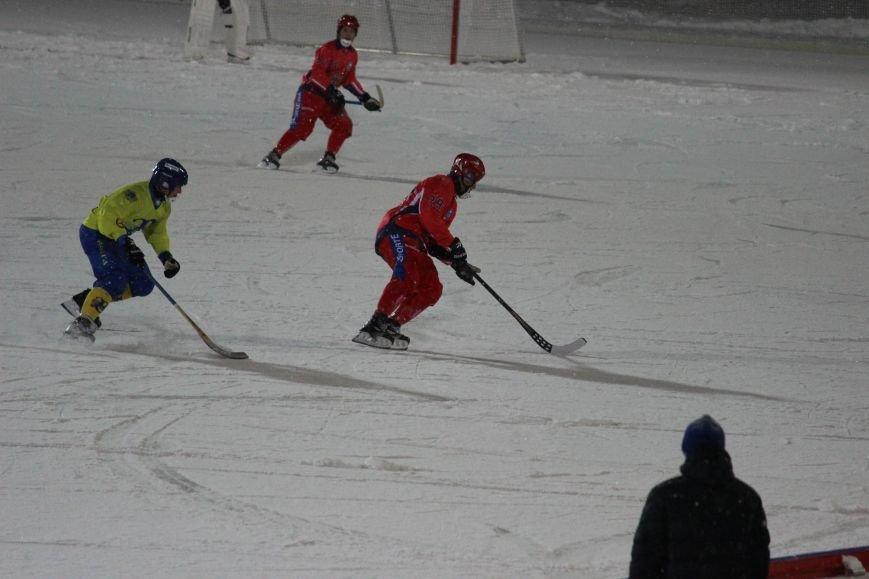 Российская сборная по хоккею с мячом размялась на ульяновской «Волге». ФОТО, фото-3