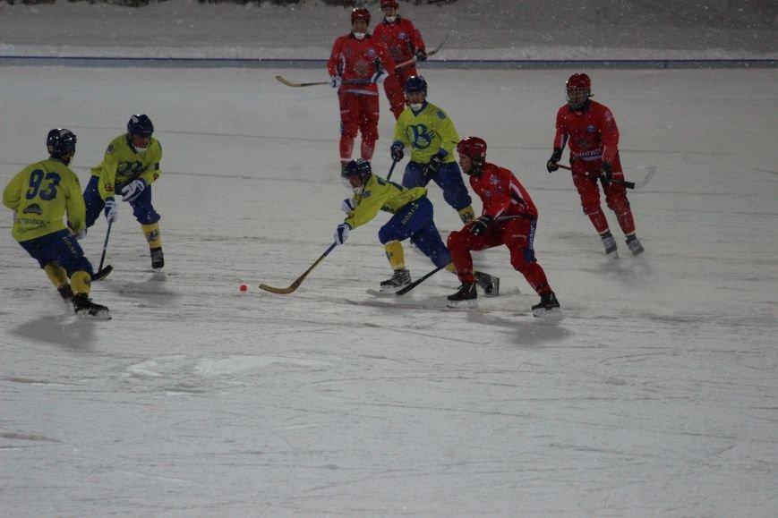 Российская сборная по хоккею с мячом размялась на ульяновской «Волге». ФОТО, фото-6
