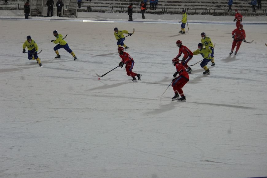 Российская сборная по хоккею с мячом размялась на ульяновской «Волге». ФОТО, фото-8