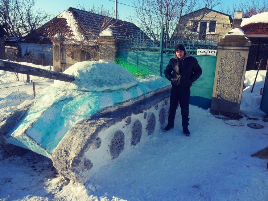 Николаевец построил танк из снега (ФОТОФАКТ) (фото) - фото 4