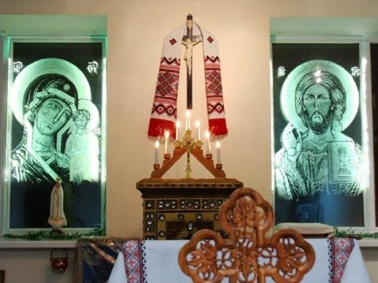 В  одном из  запорожских храмов   начали