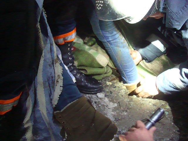 В Николаеве женщина застряла в открытом канализационном люке (ФОТО) (фото) - фото 3