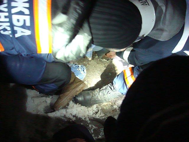 В Николаеве женщина застряла в открытом канализационном люке (ФОТО) (фото) - фото 2