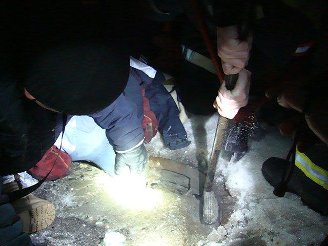 В Николаеве женщина застряла в открытом канализационном люке (ФОТО) (фото) - фото 1