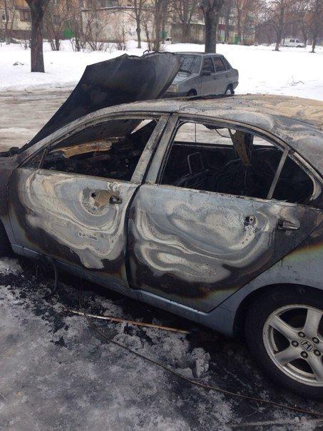 Ночью в Харькове сгорела иномарка иностранца (ФОТО) (фото) - фото 4