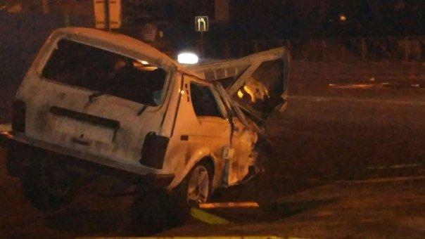 Вчера в Новошахтинске в районе Городской перевернулась Нива - водитель сбежал (фото) - фото 2