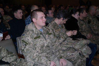 Черкаських воїнів АТО відзначили державними нагородами (СПИСОК, ФОТО) (фото) - фото 5