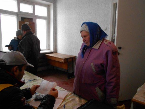 Штаб Ахметова продолжает помогать авдеевцам (ФОТОФАКТ), фото-8