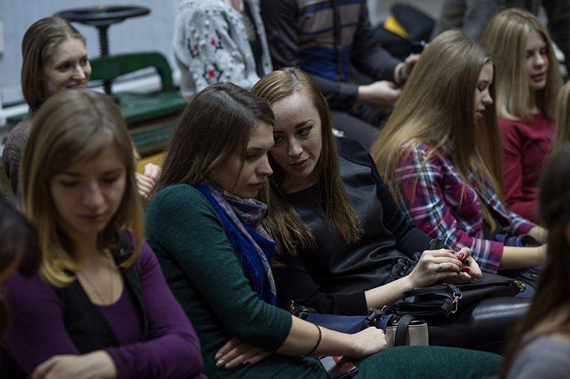 «Простить себя». Белгородский молодёжный театр «Спичка» собрал аншлаг на спектакле по творчеству Анны Ахматовой (фото) - фото 5