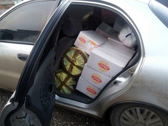 Дончанин из Мариуполя вез пищевую пленку в