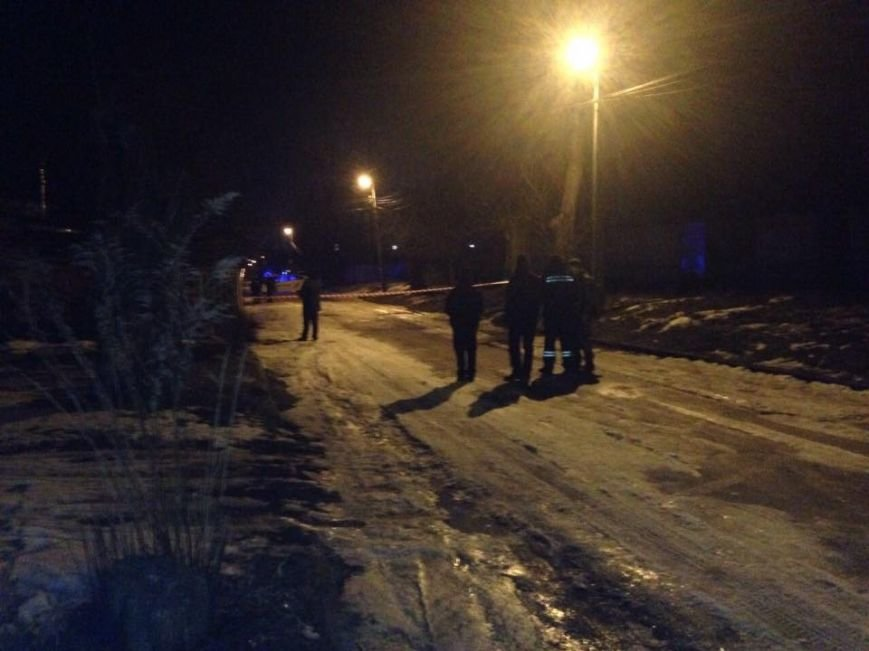 В центре Днепропетровска женщина обнаружила гранату (ФОТО), фото-3