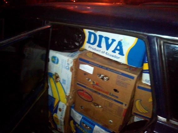 Полицейские Артемовска-Бахмута предотвратили нелегальную перевозку продуктов (фото) - фото 1