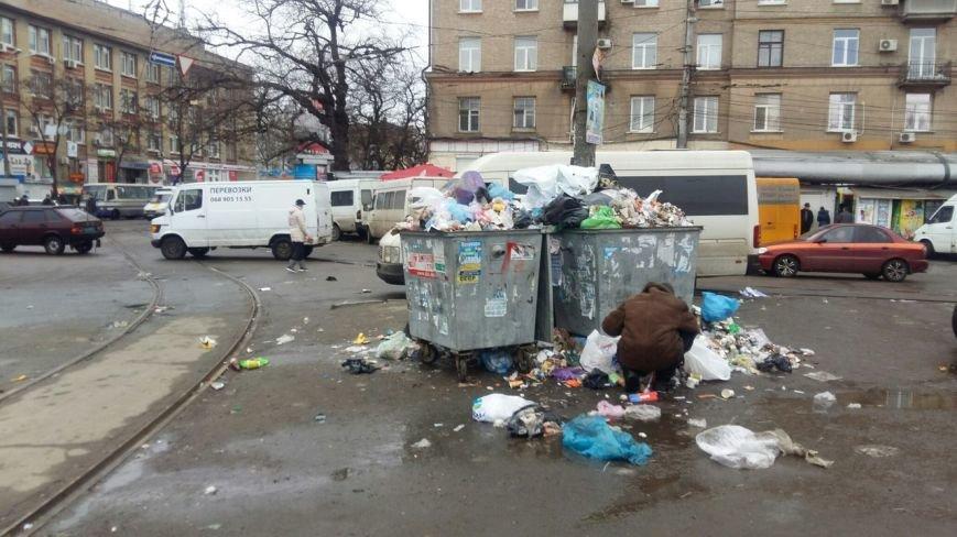 Власти Днепропетровска дали владельцам МАФов одну неделю на демонтаж торговых конструкций (фото) - фото 4