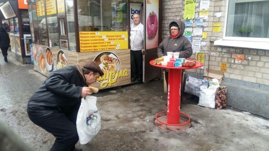 Власти Днепропетровска дали владельцам МАФов одну неделю на демонтаж торговых конструкций (фото) - фото 1
