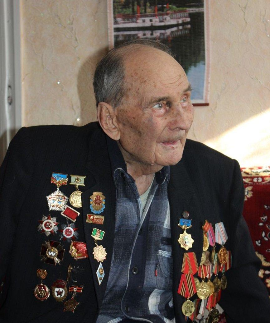 Артемовские участники Сталинградской битвы приняли поздравления с 73-летней годовщиной окончания сражения (фото) - фото 1