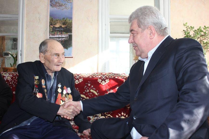 Артемовские участники Сталинградской битвы приняли поздравления с 73-летней годовщиной окончания сражения, фото-3