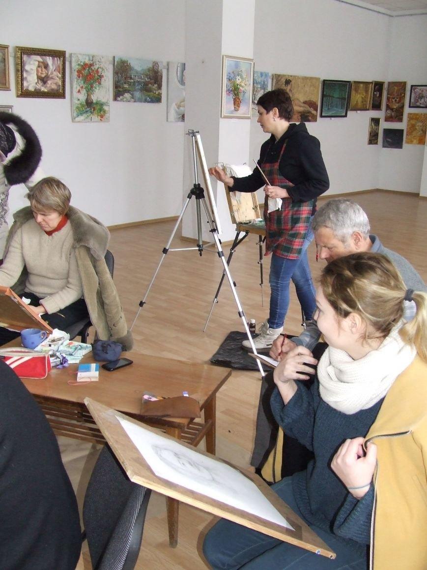 Городская выставка: от мастер-классов – к детскому конкурсу (фото) (фото) - фото 2