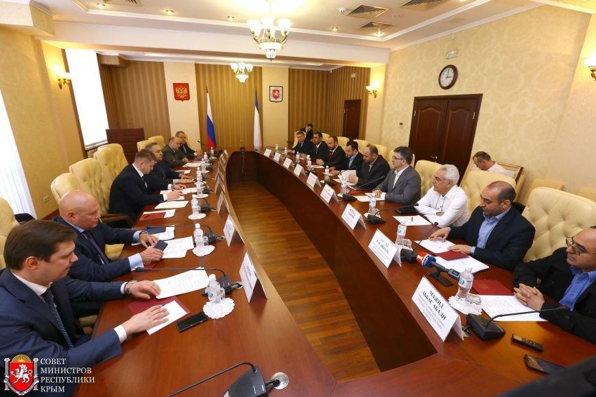 Мурадов: Привлечение крупных зарубежных инвестиций позволит создать в Крыму собственное производство (ФОТО), фото-1